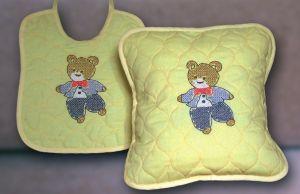 FHA 2105.A2530 Lätzchen Teddy  Vorgez. 25x30 cm