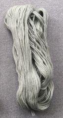 D09 Stickgarn graugrün 100g